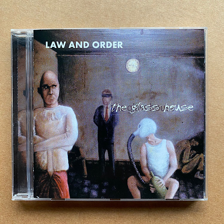 LAW & ORDER - GLASS HOUSE