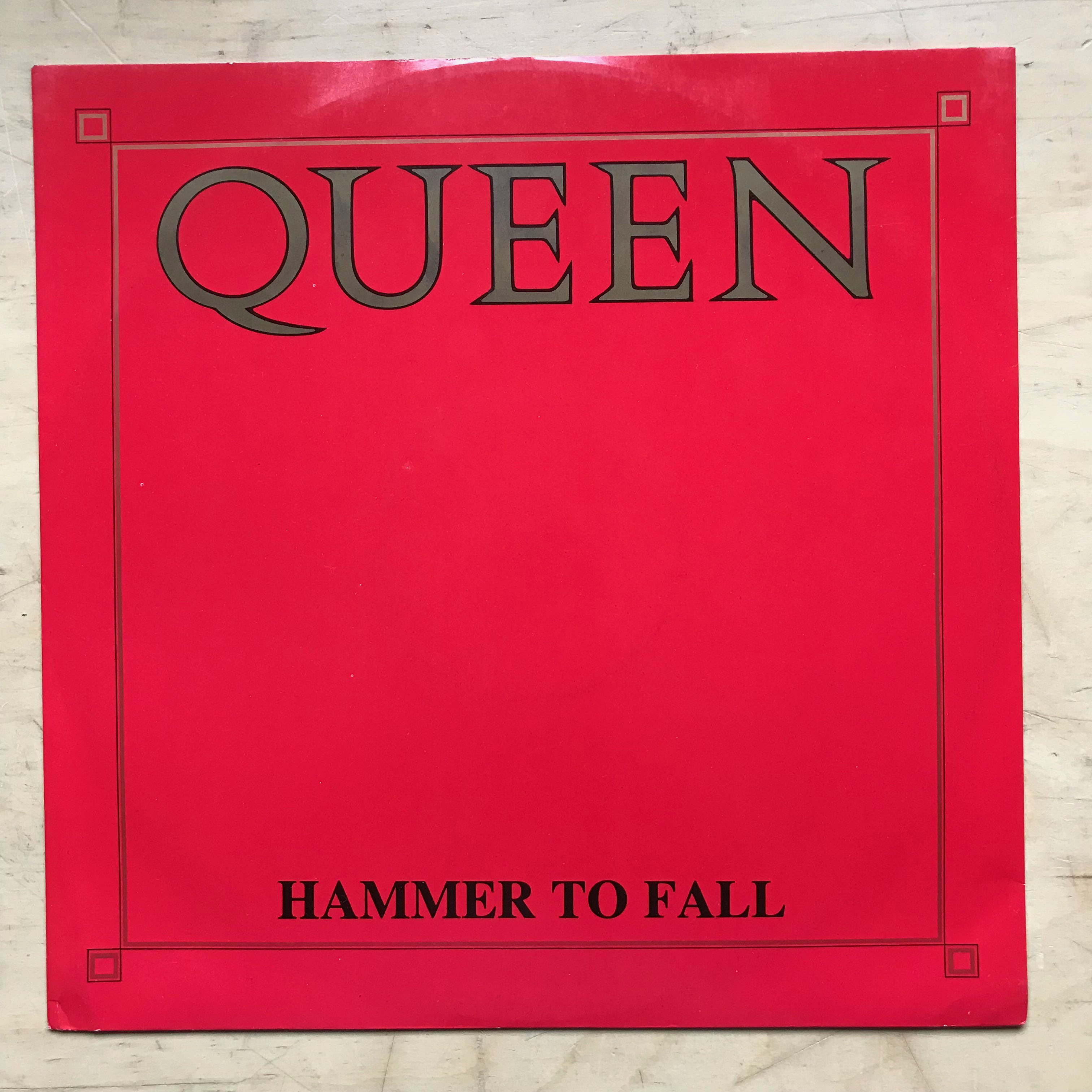QUEEN -  vinyl records and cds