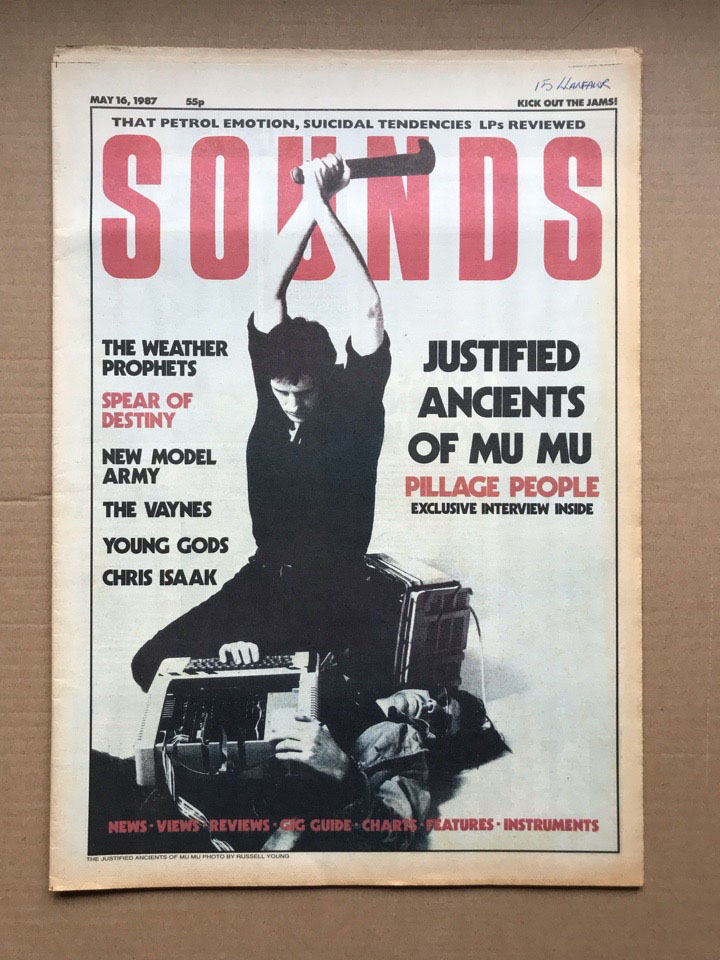 JAMMS - SOUNDS - Magazine