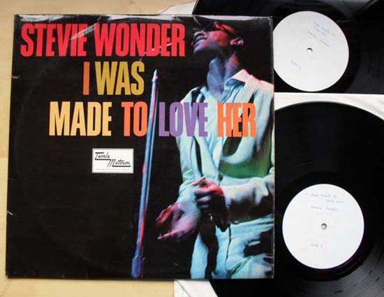 STEVIE WONDER - I Was Made To Love Her (w/l)