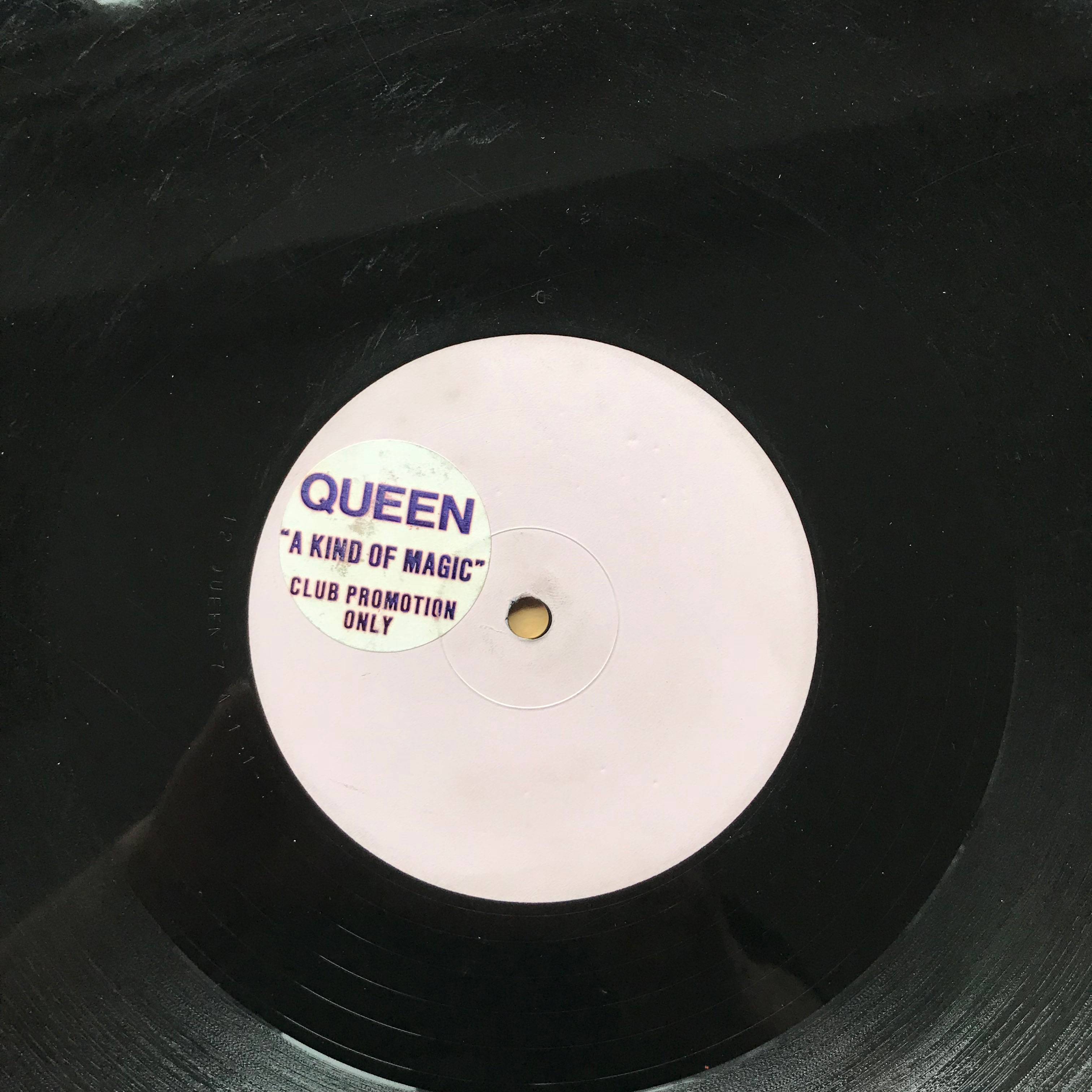 QUEEN - A KIND OF MAGIC (CLUB)
