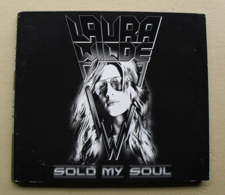 LAURA WILDE - SOLD MY SOLD (SIGNED)