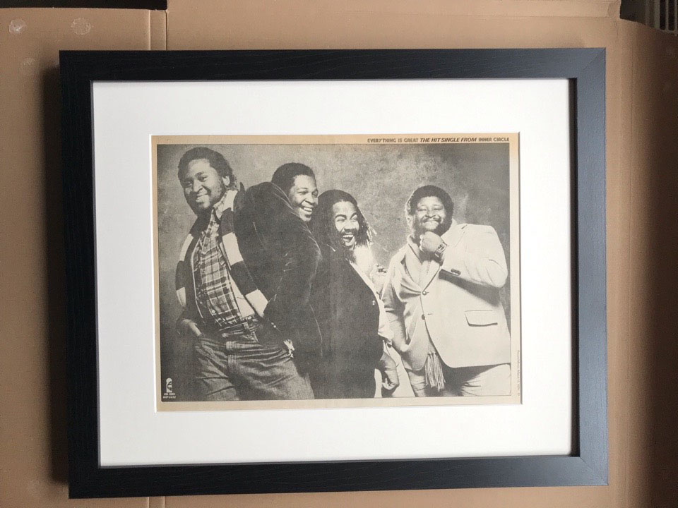 INNER CIRCLE - EVERYTHING IS GREAT(FRAMED) - Poster / Display