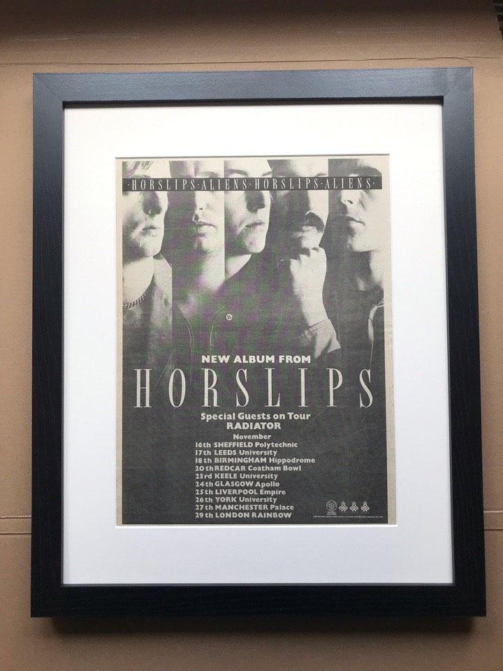 HORSLIPS - ALIENS (FRAMED) - Poster / Affiche