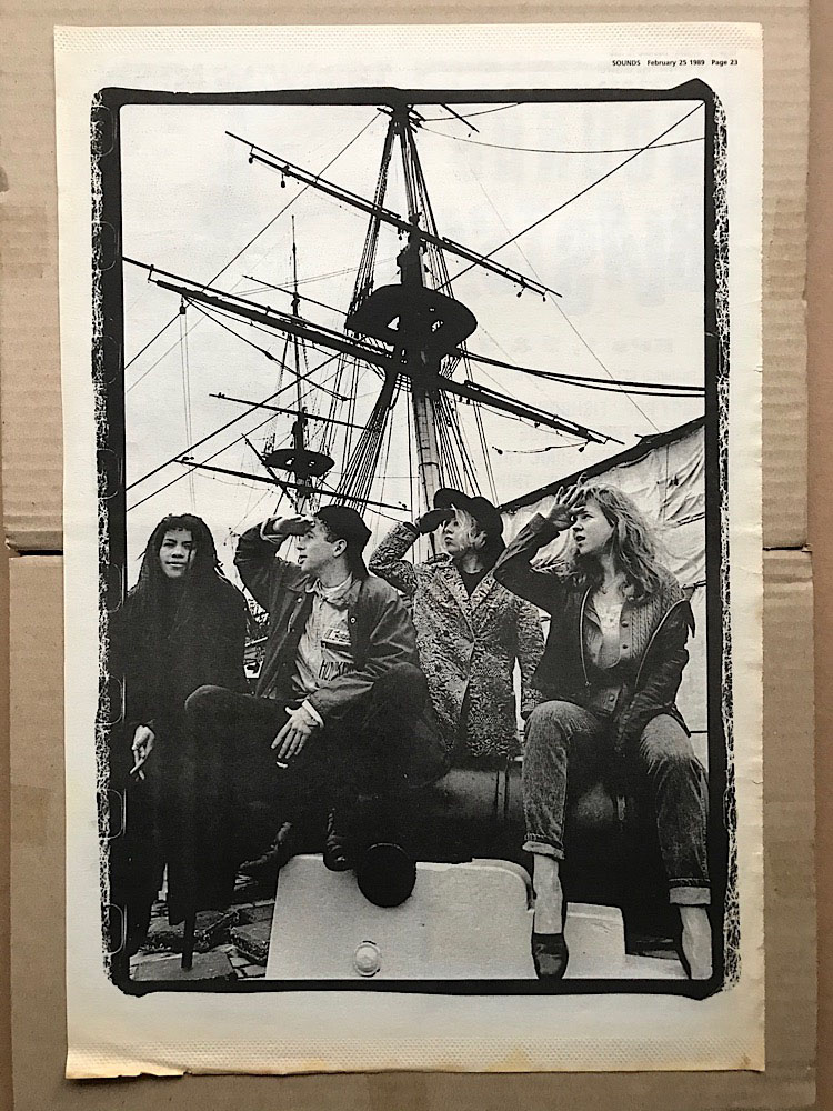 THROWING MUSES - BLACK AND WHITE - Poster / Affiche