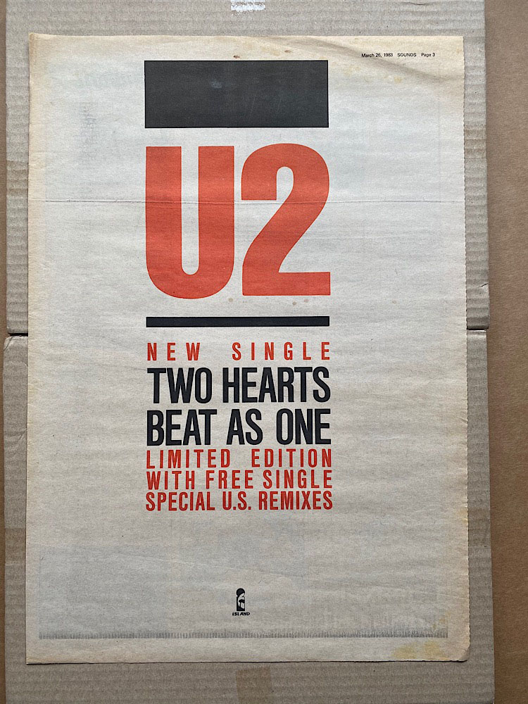 U2 - TWO HEARTS BEAT AS ONE - Poster / Affiche