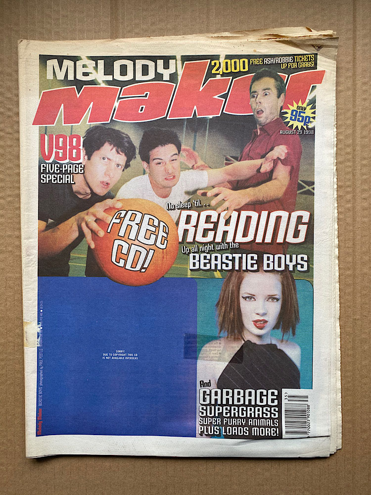 BEASTIE BOYS + GARBAGE - MELODY MAKER - Magazine