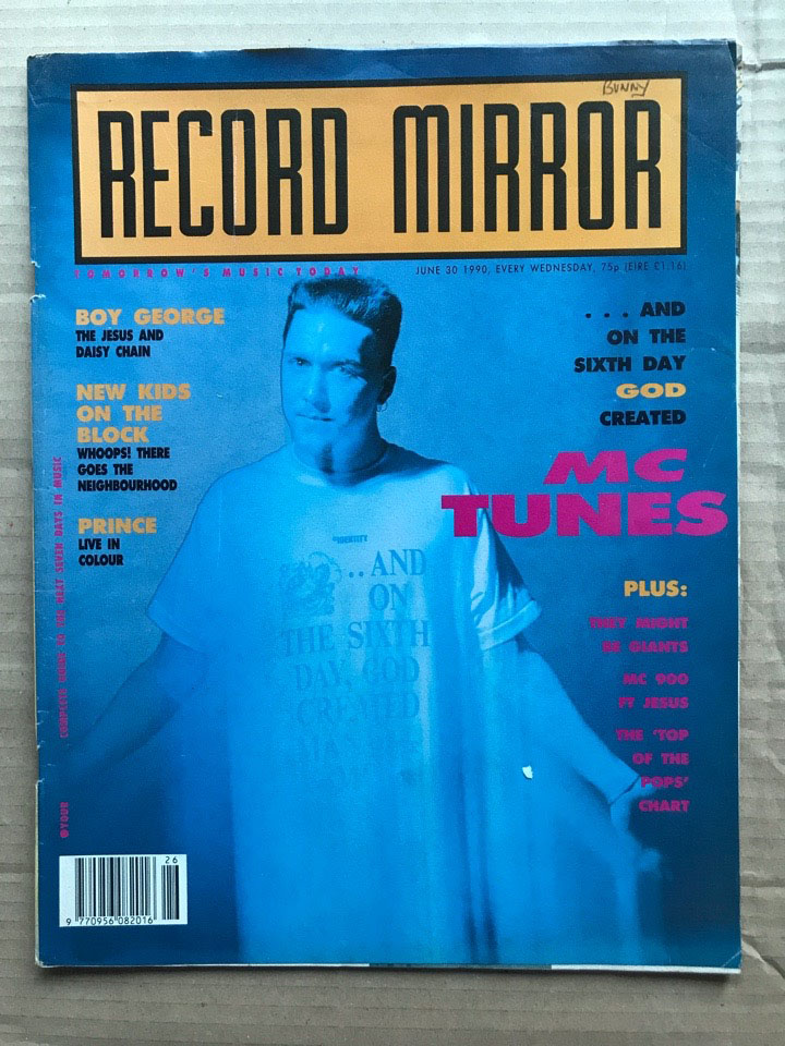 MC TUNES - RECORD MIRROR - Magazine